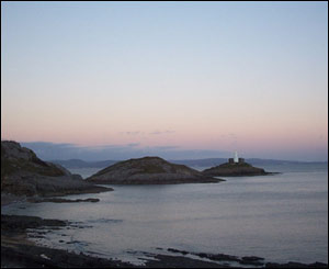 Mumbles Head and lighthouse, taken from Bracelet Bay, at sunset (Sian Thomas, Swansea)