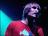 Charlie Simpson performing with Fightstar