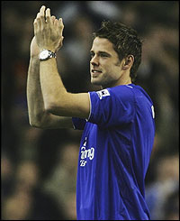 James Beattie applauds the Everton fans