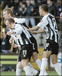 Notts County's Tony Scully celebrates his goal