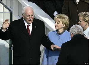 Dick Cheney, wife Lynne and daughter Mary at swearing-in ceremony