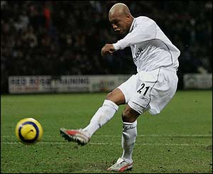 El-Hadji Diouf scores a penalty for Bolton