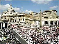 Crowds gather to see the Pope at the Vatican in Rome