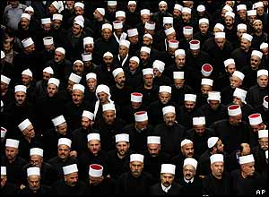 Druze clerics going to Hariri funeral
