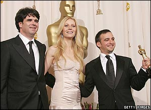 Fernando Bovaira, Gwyneth Paltrow and Alejandro Amenabar