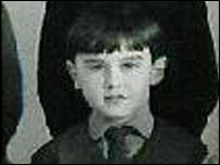 A grainy school photo of young Huw!