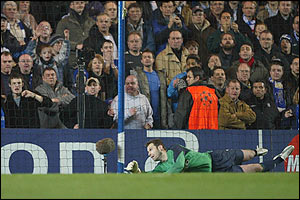 Chelsea's goalkeeper Petr Cech is beaten from the penalty spot by Barcelona's Ronaldinho