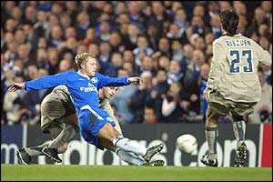 Chelsea's Eidur Gudjohnsen opens the scoring account
