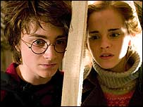 Daniel Radcliffe and Emma Watson in the Goblet of Fire
