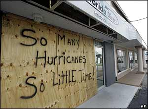 A shopkeeper left an amusing sign when they boarded up their property in Florida. Hundreds of thousands of people have left their homes as Wilma approaches.