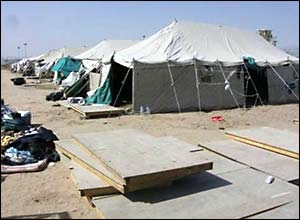 Detainee tents in the Camp Bucca compound