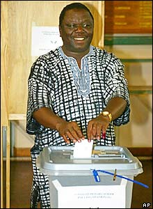 Opposition leader Morgan Tsvangirai voted in the Harare suburb of Avondale