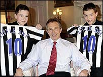Tony Blair and Little Ant and Dec