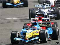 Fernando Alonso leads the Bahrain Grand Prix
