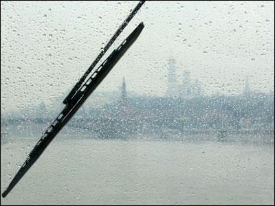 Москва кремль дождь фото ивана