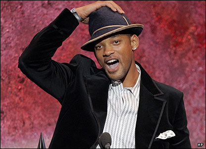 A cheery Will Smith was named favourite male pop/rock artist.