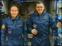 Cosmonaut Valery Tokarev and ISS commander William McArthur Jr