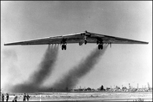 In the 1940s the Americans tested this Northrop YB-49 wing bomber. Its wings stretched 52 metres and had eight engines.