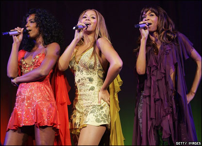 Girl band Destiny's Child announced they were splitting up, during a concert on  their Destiny Fulfilled tour.