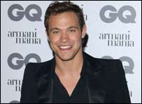 Will Young will sing at a special concert