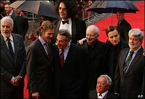Christopher Lee, Hayden Christense, Rick McCallum, Peter Mayhew, Ian McDiarmid, Kenny Baker, Ewan McGregor and George Lucas