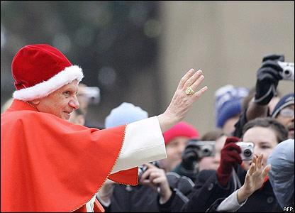 http://news.bbc.co.uk/media/images/41154000/jpg/_41154916_pope_afp.jpg