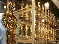 Oscar trophies on show in New York