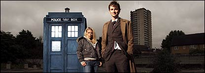 David Tennant and Billie Piper as The Doctor and Rose.