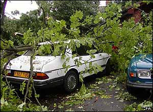 Damage after a tornado in Birmingham