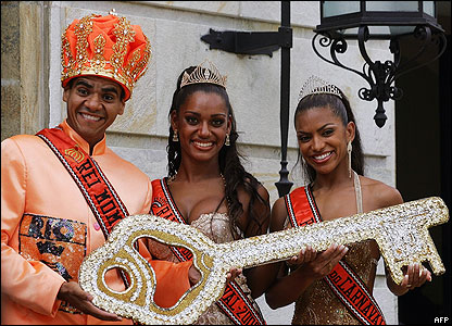 One of the most famous takes place in Rio de Janeiro, Brazil. Here the King of Carnival presented the keys of the city as a symbol to mark the start of the week-long celebrations.