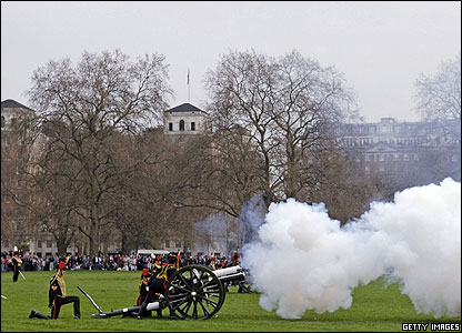 Outside Windsor the King's Troop Royal Horse Artillery performed a 41 gun salute in Hyde Park