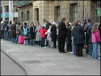 Queues at the Lyra auditions in Cambridge