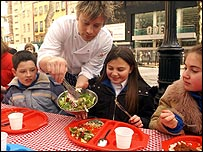 Jamie Oliver serves up healthy dinner
