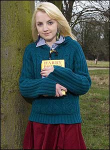 http://news.bbc.co.uk/media/images/42378000/jpg/_42378105_luna_evanna.jpg