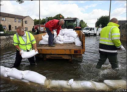how to use sandbags to stop water