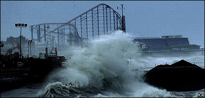 Waves in Blackpool