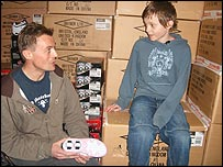 Charlie from Heelys HQ talks to Thomas about them