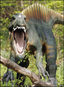 Roarrrrrrrrrrrrr! Check out this life-size dinosaur model which can be seen at an American zoo.
