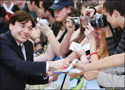 Mike Myers signing for fans