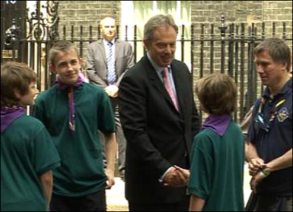 Prime Minister Tony Bliar meeting some of the scouts