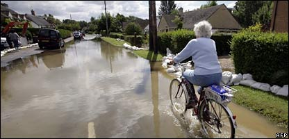 Flood waters in Oxfordshire