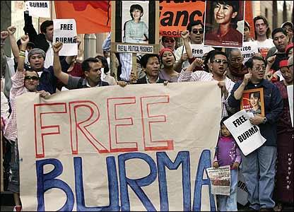悉尼緬甸人示威支持民主。
