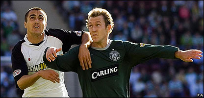 Celtic's Aiden McGeady and Gretna's Evan Horwood