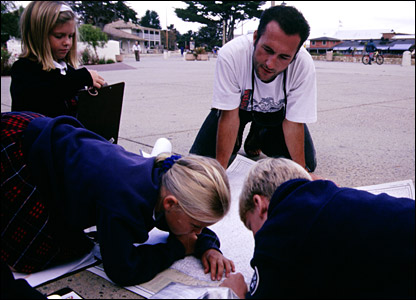 Jason working with school kids in America. Picture from Expedition 360