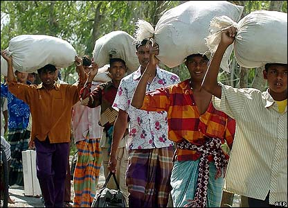 People with aid in Bangladesh
