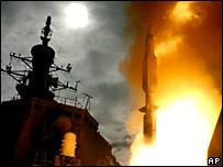 "SM-3型導彈從日本""金剛號""護衛艦發射(17/12/2007)"
