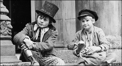 Scene from the 1968 musical Oliver (Photo by Larry Ellis/Express/Getty Images)