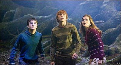 Scene from Harry Potter and the Order of the Phoenix (AP Photo/Warner Bros.,Murray Close)
