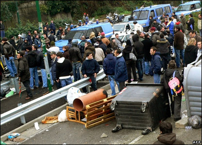 Protesters blocking the entrance to a rubbish dump in Naples