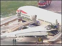 迫降的英航波音777客機(17/1/2008)